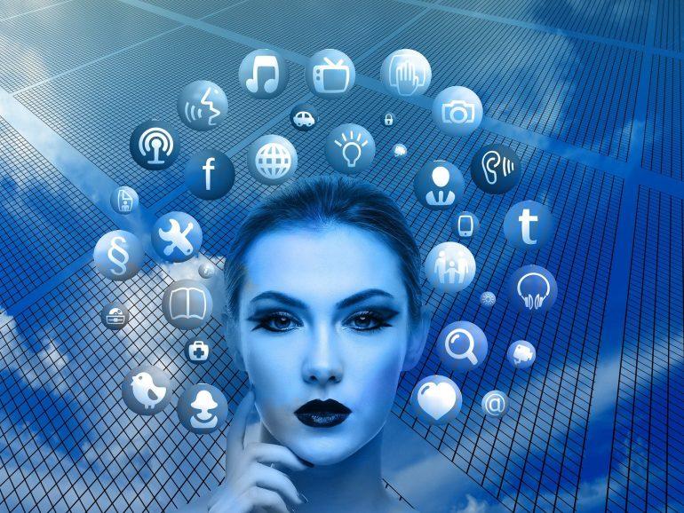 El poder de las redes sociales y las apps de mensajería para conectar con los clientes