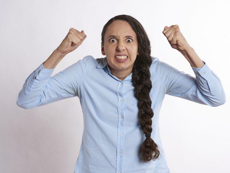 Cómo controlar el enojo de un cliente