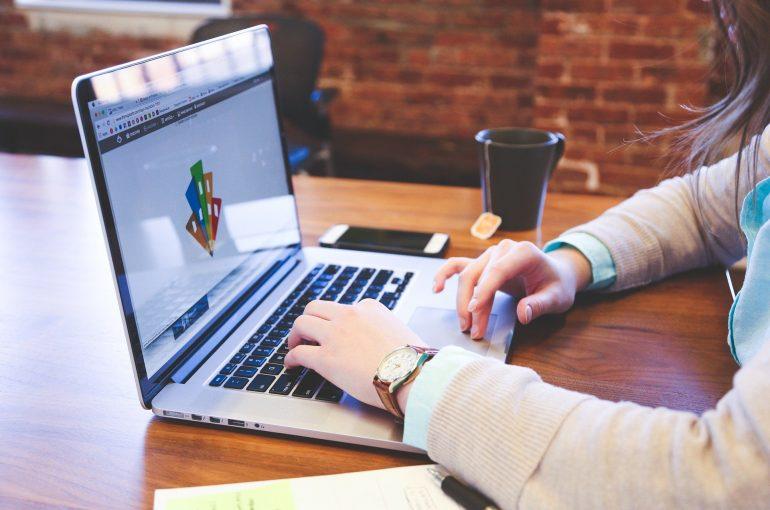 Cómo desarrollar una identidad corporativa para tu negocio